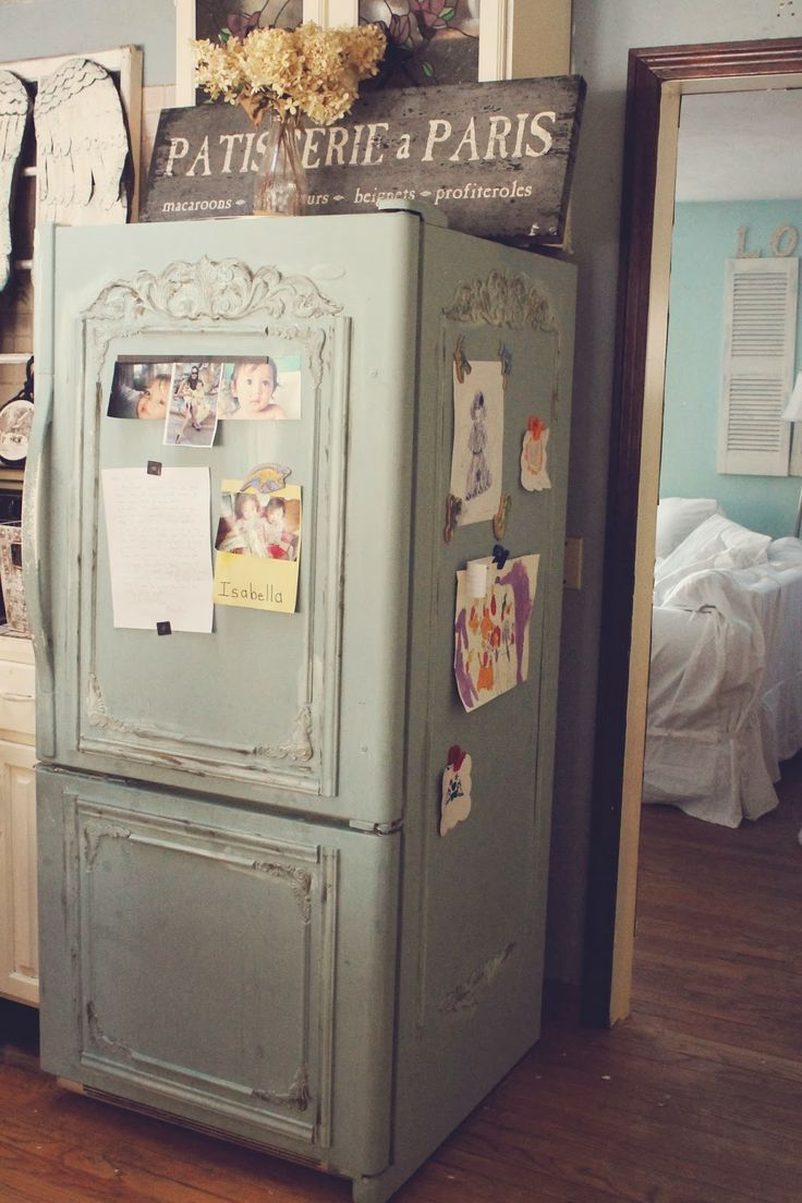 old green fridge for vintage kitchens