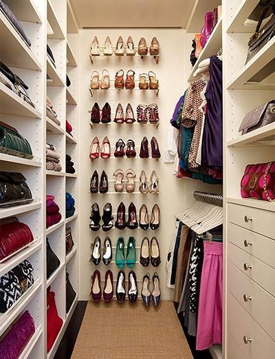 small but well decorated wardrobe