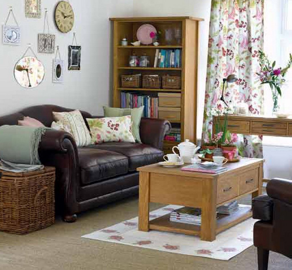 Small apartment decorating and interior design ideas for Vintage style living room ideas