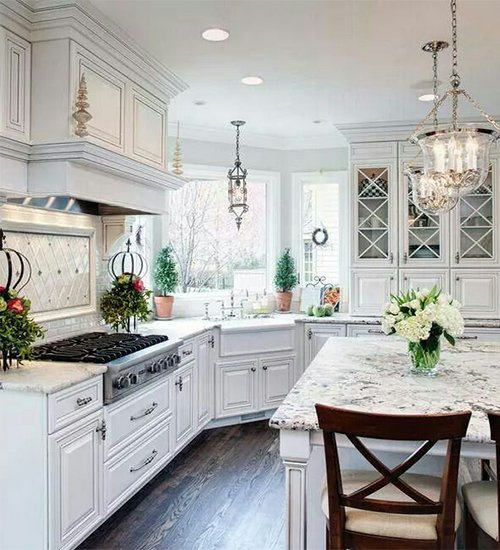 chandelier for white kitchen