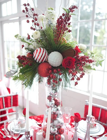 Make Christmas Centerpieces That Stand Out