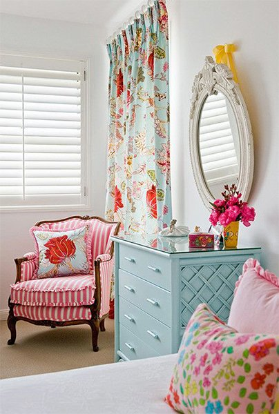 colorful girl bedroom design