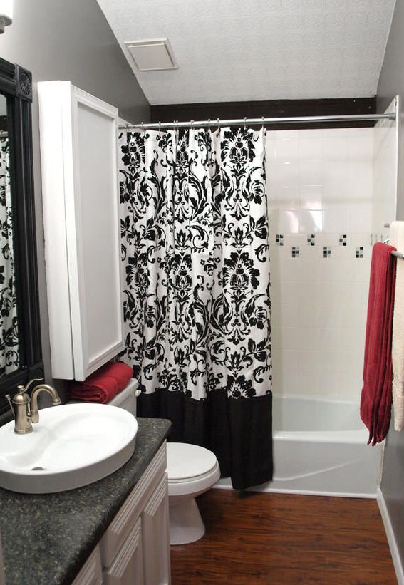 Colorful bathroom design ideas for Bathroom designs red and black