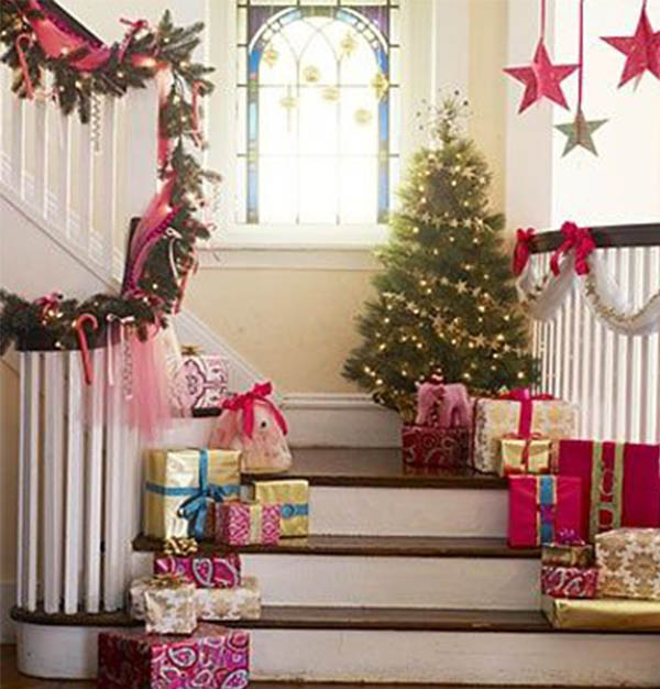 stairway decoration for christmas