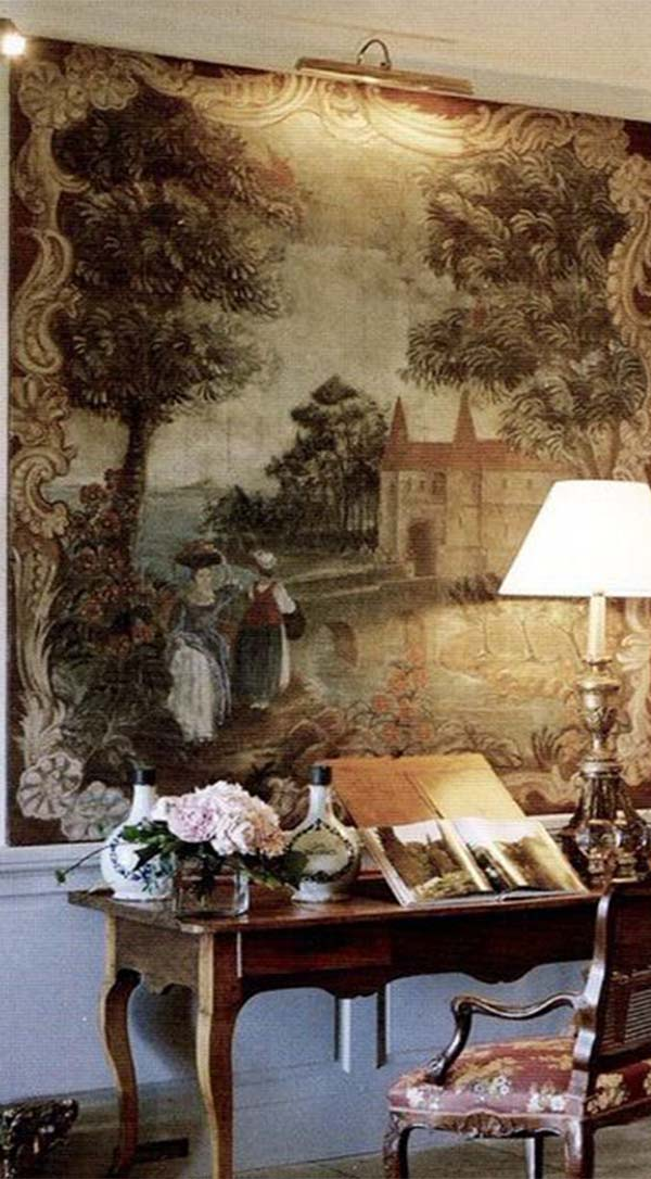 Using Tapestries To Transform Your Living Room
