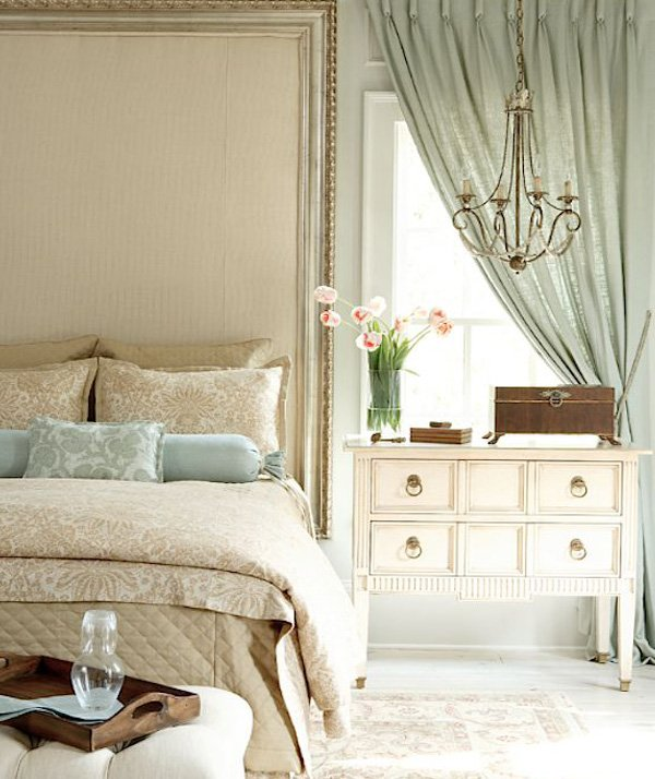 chic bedroom decor