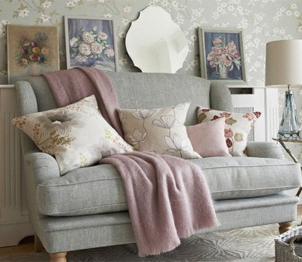 Cosy Pillow Ideas For Bedroom For Ladies