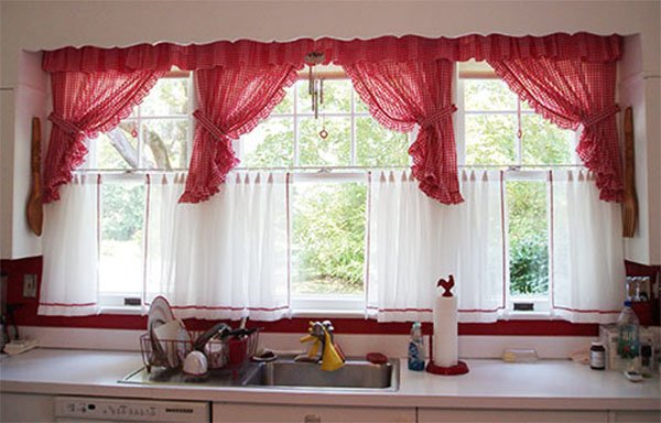 red curtains for vintage kitchen