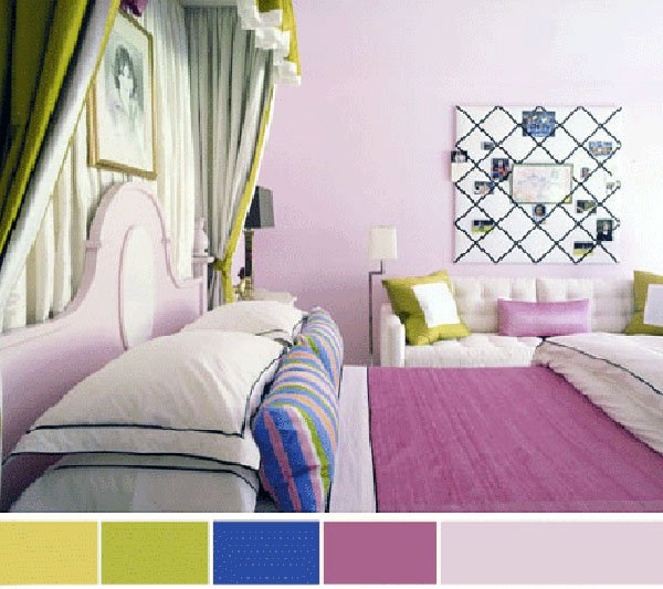 Triadic color combinated bedroom design