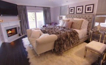 cosy feminine bedroom