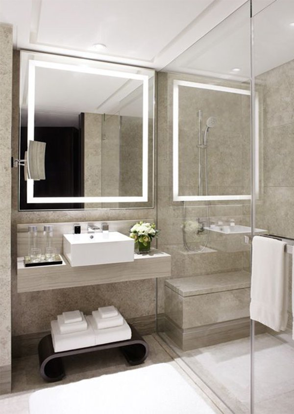 Mirrors for your interior design for Reflection bain miroir
