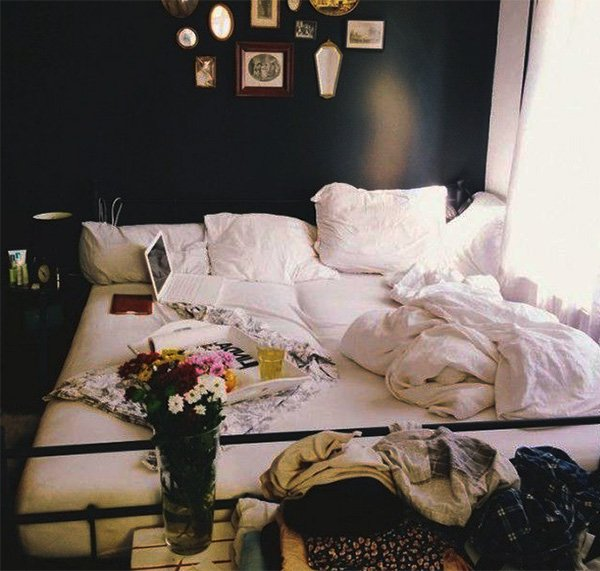 Romantic Setting For Your Bedroom