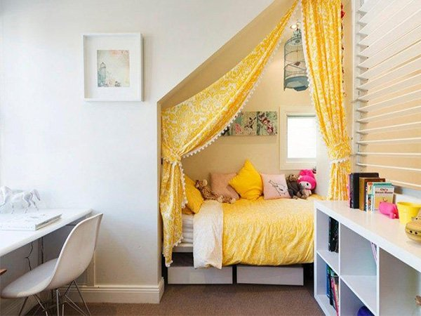 creative bedroom design idea for teen's bedroom