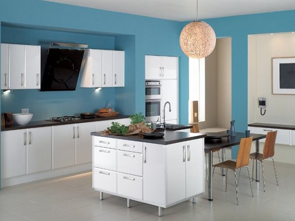 chic kitchen white and blue combinated