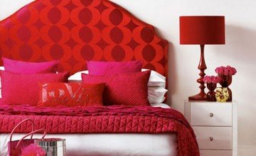 cute red and white bedroom design