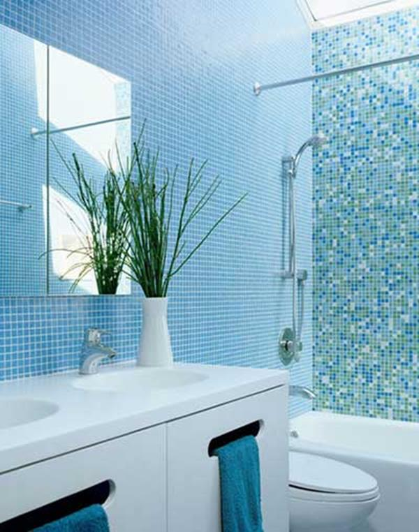 Blue and White Bathroom Decoration 14