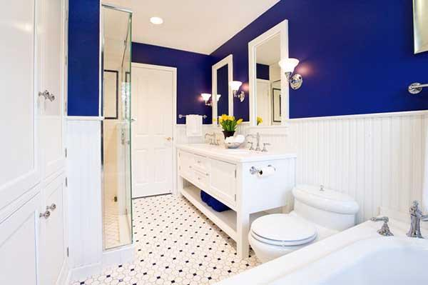 Blue and White Bathroom Decoration 16