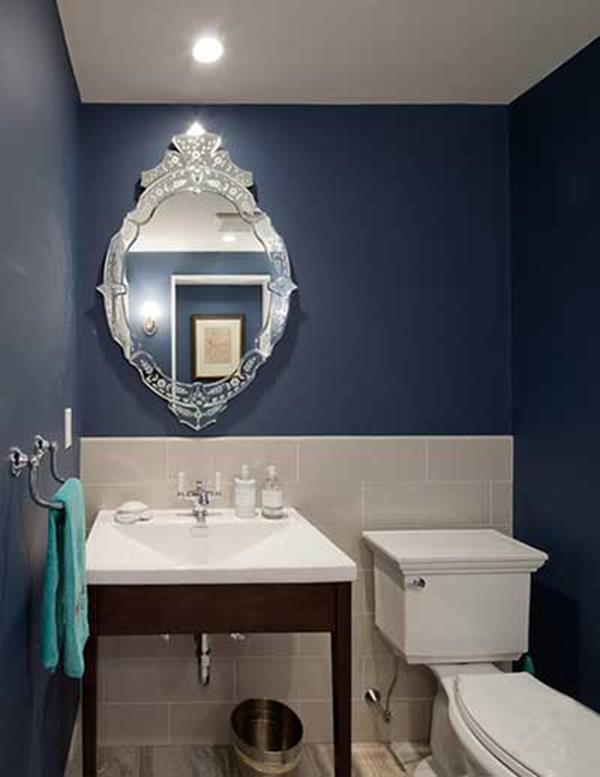 Blue and White Bathroom Decoration 7
