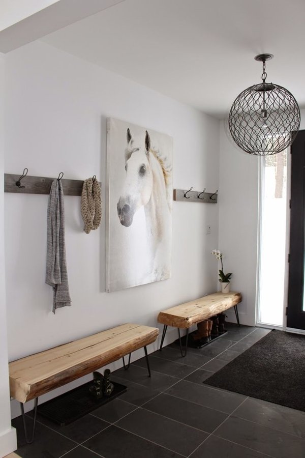 Entryway Design with bench