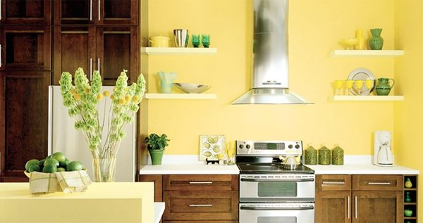 Yellow kitchen decor