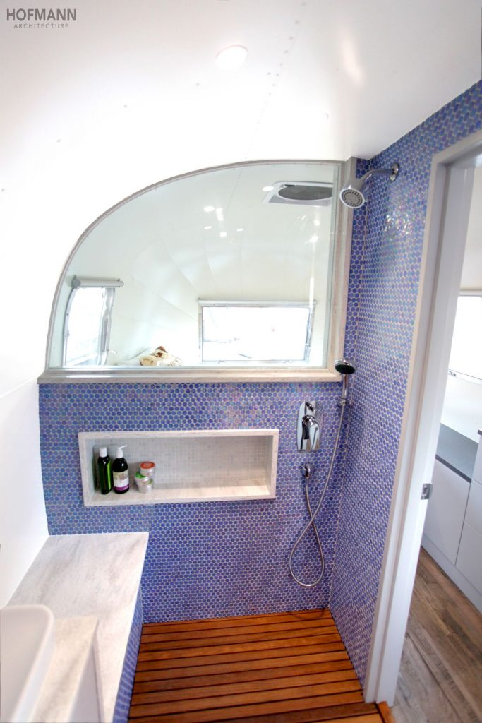 30 Simple DIY Rv Shower Remodel Ideas for Amazing Camper Experience (23)
