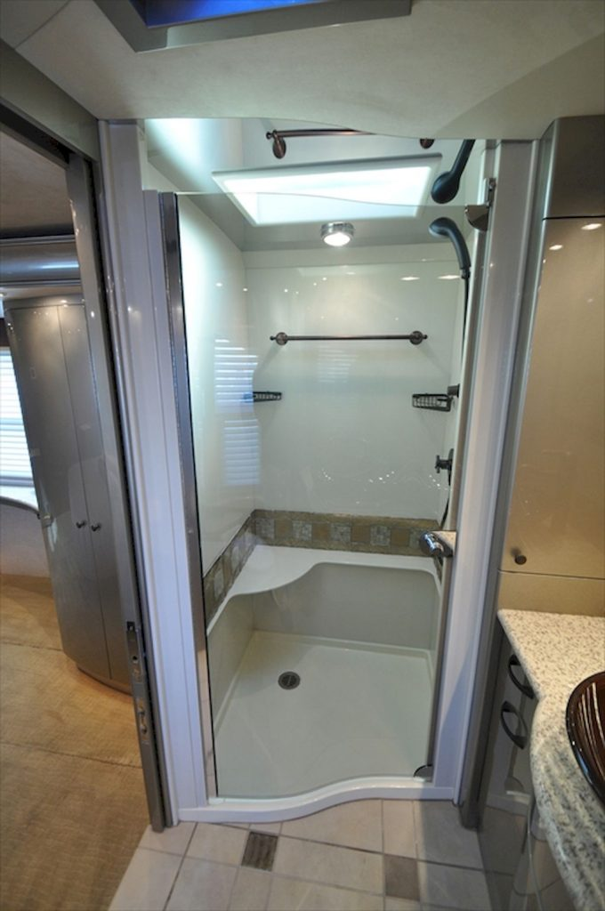 30 Simple DIY Rv Shower Remodel Ideas for Amazing Camper Experience (26)