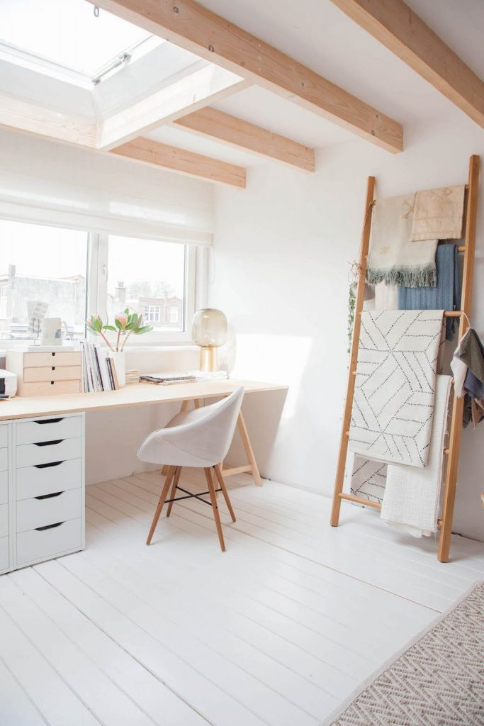 60-beautiful-and-subtle-home-office-scandinavian-design-ideas-5bd6e7ab926cd