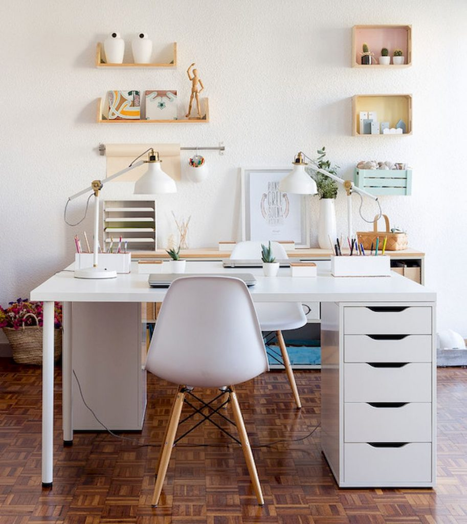 60-beautiful-and-subtle-home-office-scandinavian-design-ideas-5bd6e7c40a19e