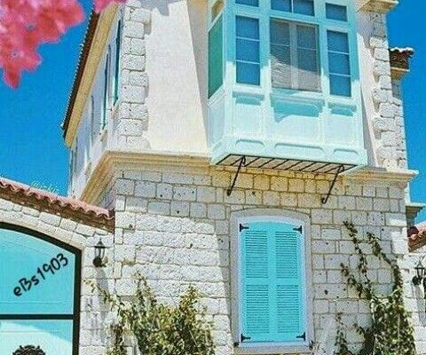colorful-shutters
